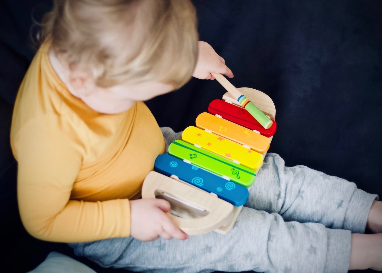 montessori-friendly-toys-klein-spring-montessori